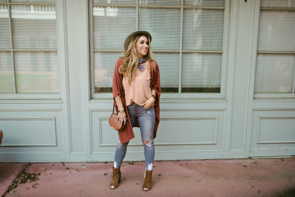 How to style a neck scarf for early Fall