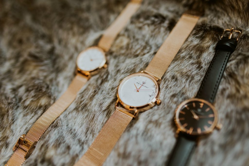 mesh rose gold band watch